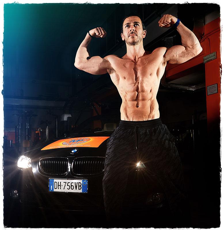 body building corpo e massa muscolare scolpita